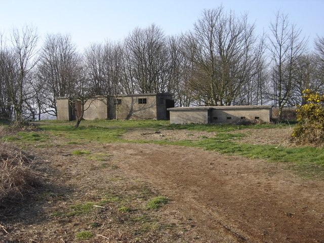 Вспомогательный бункер,размещённый возле SCP-1210-2