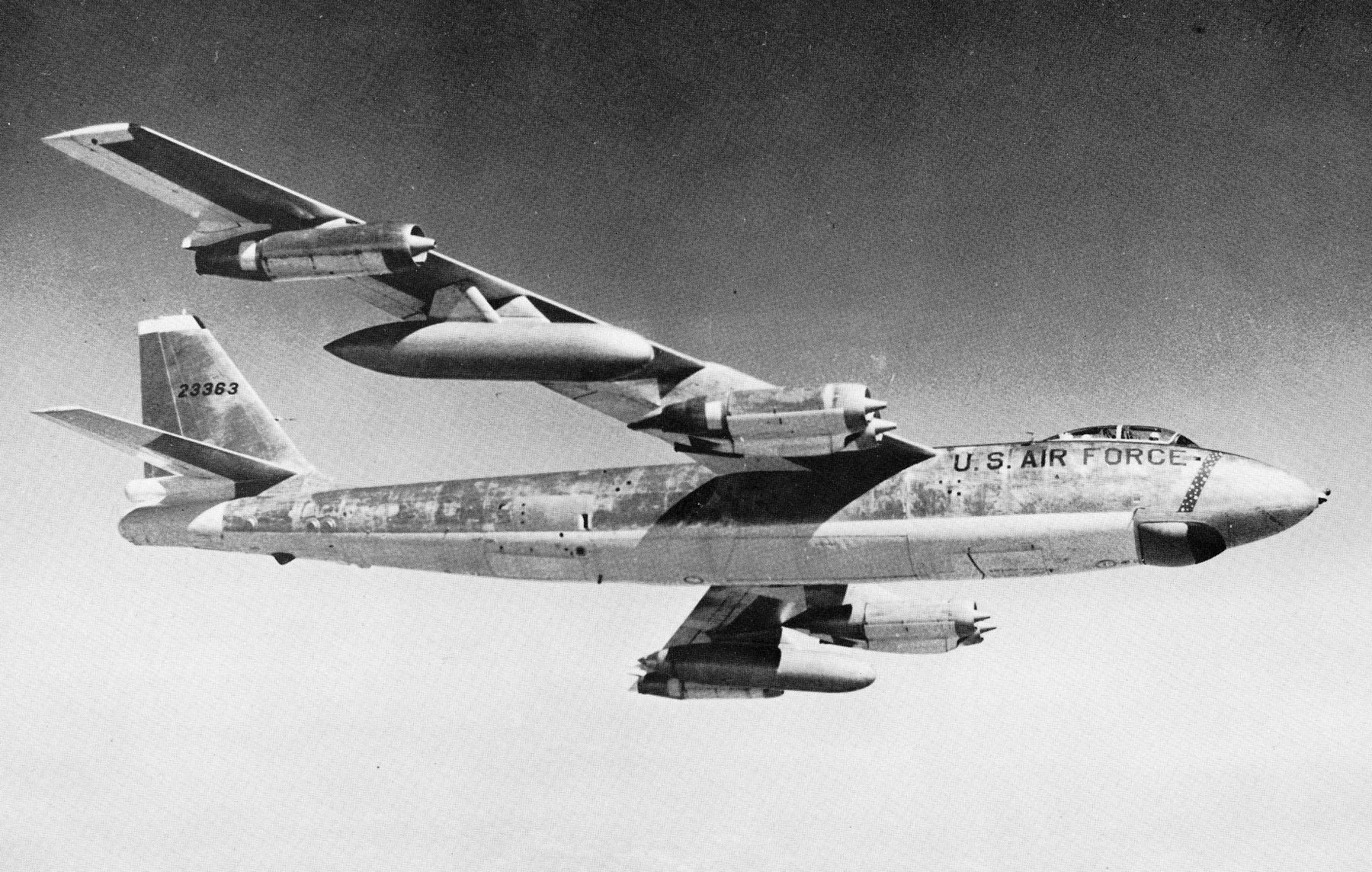 SCP-2556, фото сделано в ходе передачи на содержание Фонду в 1956 году.|width=300px