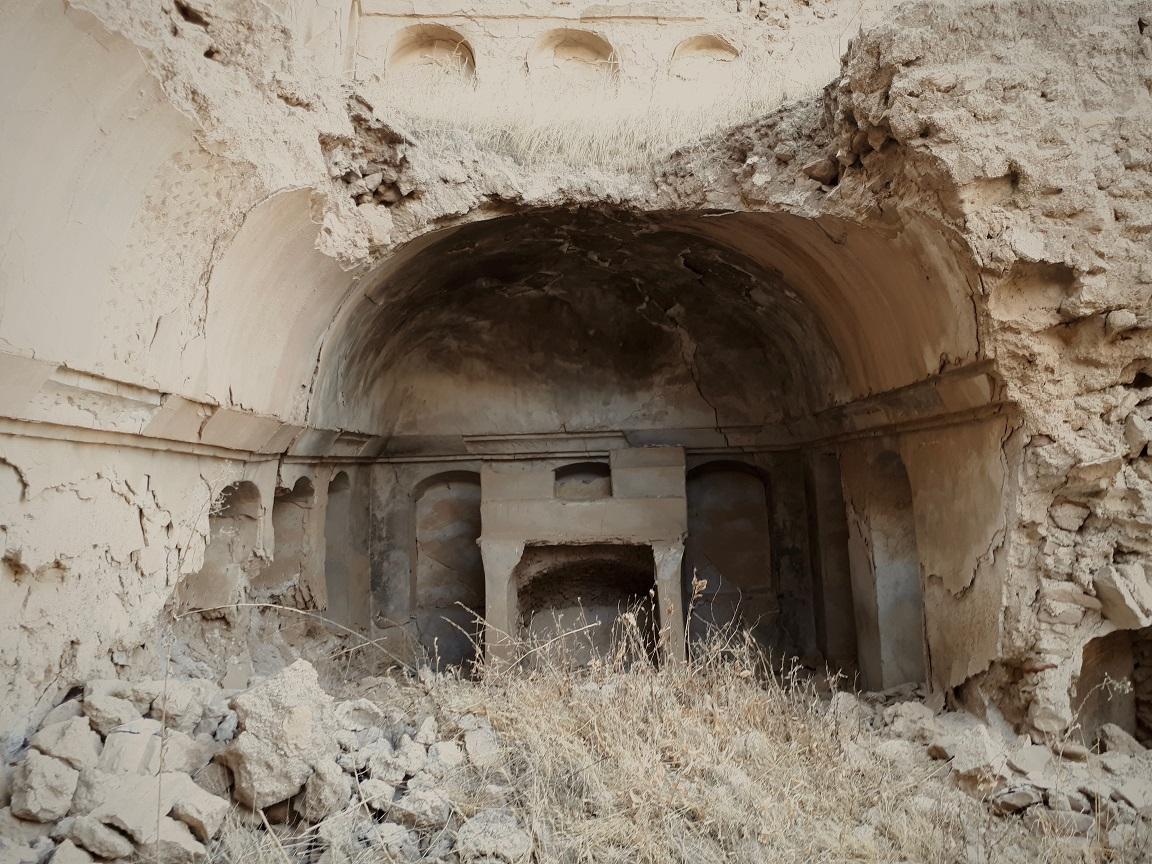 Один из проходов, ведущих к SCP-2621, которым в ходе Операции 2621-1 воспользовались археологи из МОГ Эпсилон-3.