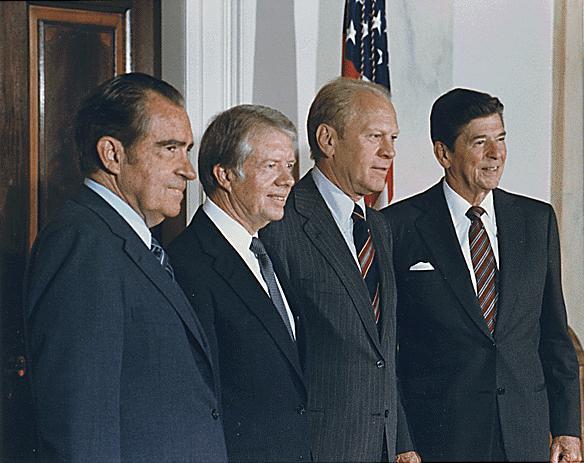 Слева направо: SCP-2736-2, тридцать девятый президент США Джимми Картер (ЛПИ-62679), тридцать восьмой президент США Джеральд Форд (ЛПИ-56121) и сороковой президент США Рональд Рейган ([http://scpfoundation.ru/scp-1981 ЛПИ-86761]), 12.10.1981.